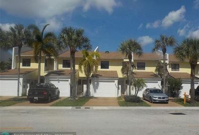 4505 Poinciana St Lauderdale By The Sea FL 33308