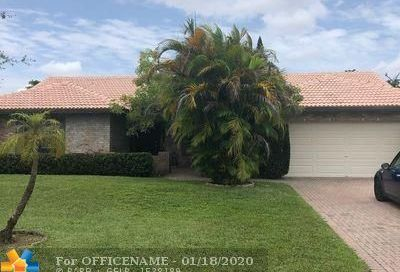 388 NW 107th Ter Coral Springs FL 33071