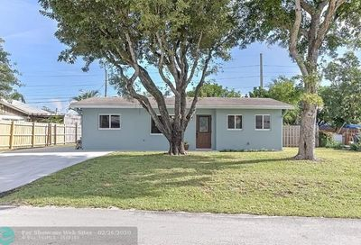 3060 NE 11th Ter Pompano Beach FL 33064