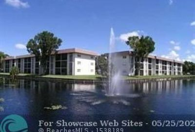7901 Colony Cir Tamarac FL 33321