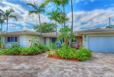 1321 SE 10th Ter Deerfield Beach FL 33441