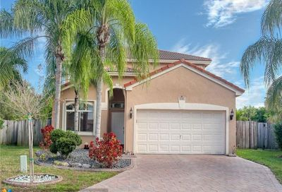 3701 Pebblebrook Mnr Coconut Creek FL 33073