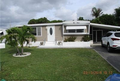 8531 SW 18th Pl Davie FL 33324