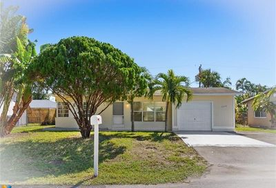 1658 NE 30th St Pompano Beach FL 33064