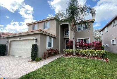 5324 NW 122nd Dr Coral Springs FL 33076