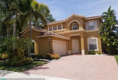 5722 NW 120th Ter Coral Springs FL 33076