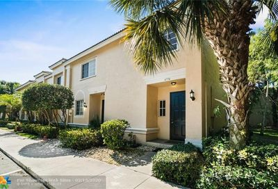 4774 NW 57th Place Coconut Creek FL 33073