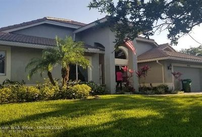 6248 NW 43 St Coral Springs FL 33067