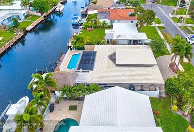 331 SE 9th Ct Pompano Beach FL 33060