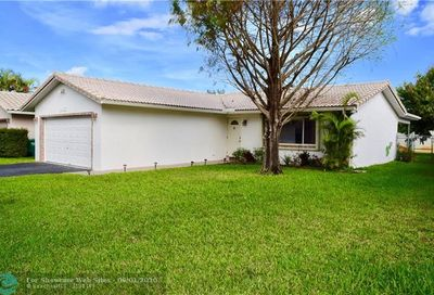 8935 NW 25th Ct Coral Springs FL 33065