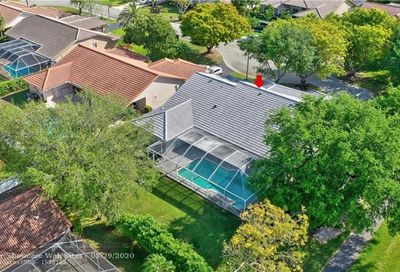 4614 NW 99th Ln Coral Springs FL 33076
