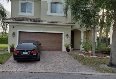 1123 Center Stone Ln Riviera Beach FL 33404