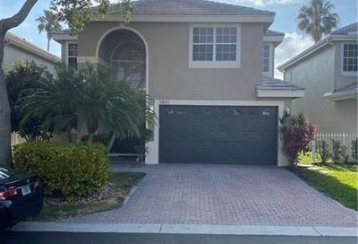 5840 NW 42nd Ter Boca Raton FL 33496