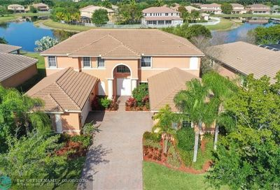 3795 E Coquina Way Weston FL 33332