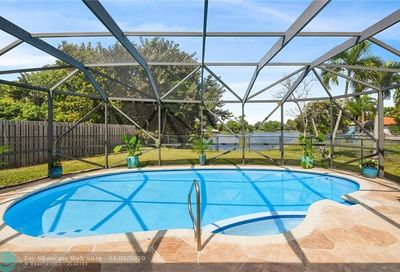 2583 NW 121st Dr Coral Springs FL 33065