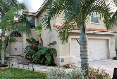 11607 NW 54th St Coral Springs FL 33076