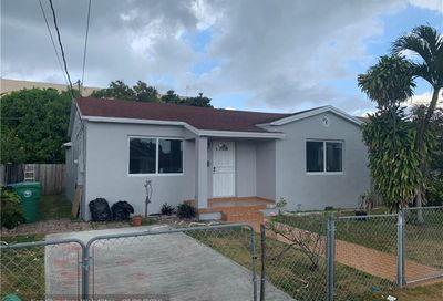 3555 NW 6th St Miami FL 33125