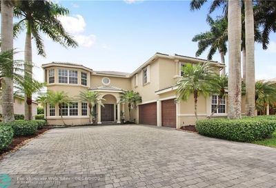 4960 NW 119th Ter Coral Springs FL 33076