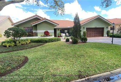 5273 NW 89th Dr Coral Springs FL 33067