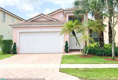 5369 NW 126th Dr Coral Springs FL 33076