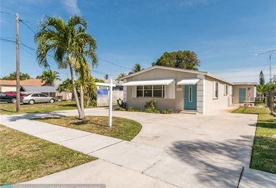 4311 SW 20th St West Park FL 33023