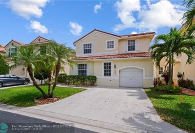 11177 NW 46th Dr Coral Springs FL 33076