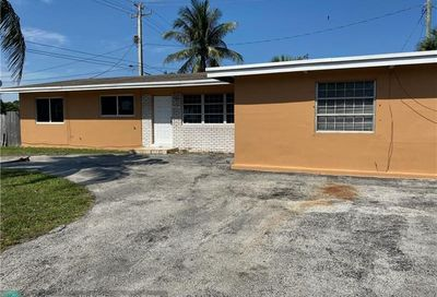 2301 NE 12th Ter Pompano Beach FL 33064