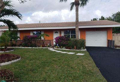 3850 NW 78th Ter Coral Springs FL 33065