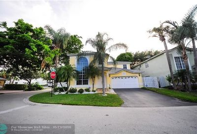5601 NW 43rd Way Coconut Creek FL 33073