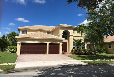 2171 NW 139th Ter Pembroke Pines FL 33028