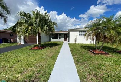 3940 NW 32nd Ter Lauderdale Lakes FL 33309