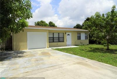 1561 NE 30th Ct Pompano Beach FL 33064
