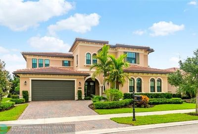 8880 Watercrest Cir E Parkland FL 33076