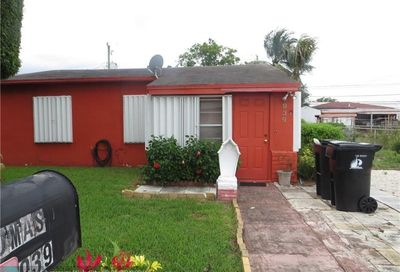 939 NW 16th Ter Fort Lauderdale FL 33311