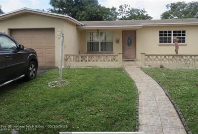 4165 NW 47th Ter Lauderdale Lakes FL 33319