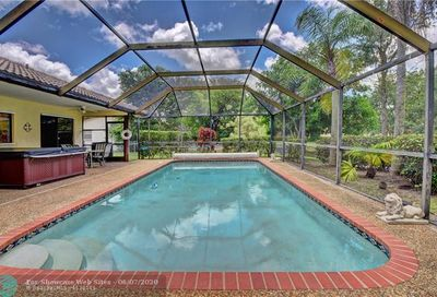 1528 NW 112th Way Coral Springs FL 33071