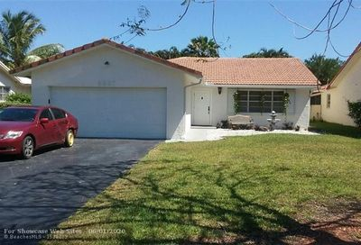 8837 NW 21st Ct Coral Springs FL 33071
