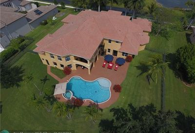 2235 Antila Ave Davie FL 33324