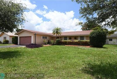 3780 NW 108th Dr Coral Springs FL 33065