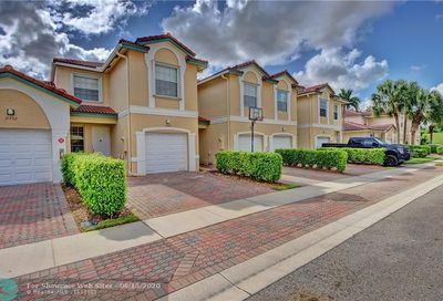 11734 NW 47th Dr Coral Springs FL 33076