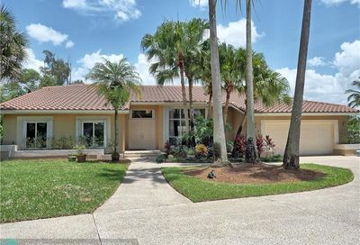 4051 NW 94th Ter Coral Springs FL 33065