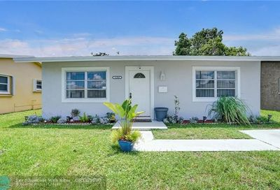 6104 NW 74th Ave Tamarac FL 33321