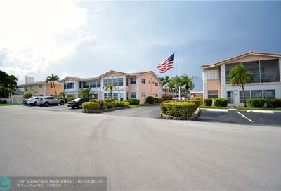 2131 NE 42nd Ct Lighthouse Point FL 33064