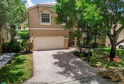 11459 NW 48th Ct Coral Springs FL 33076