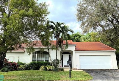 3920 Wild Lime Ln Coral Springs FL 33065