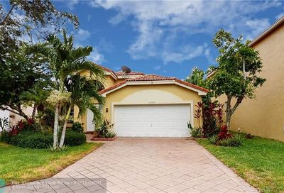 12348 NW 53rd St Coral Springs FL 33076