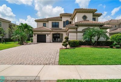 10192 Sweet Bay Manor Parkland FL 33076