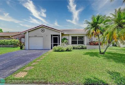 2521 NW 98th Ln Coral Springs FL 33065