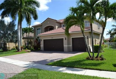 6729 Finamore Cir Lake Worth FL 33467
