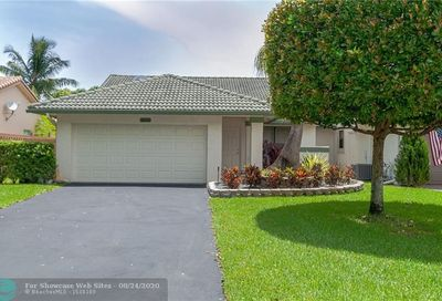 1633 NW 97 Ter Coral Springs FL 33071